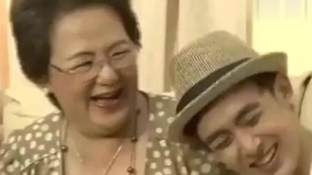 我们结婚了:尼坤指出妈妈的中文问题,妈妈威胁要打他,尼坤立马说宋茜也打过