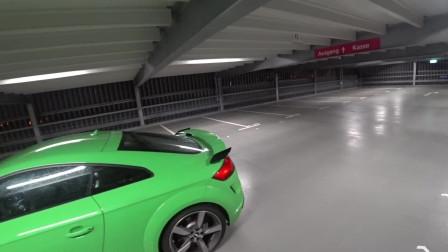 汽车实拍第一视角:德国夜间试驾2019款奥迪RS,加速动力很充足
