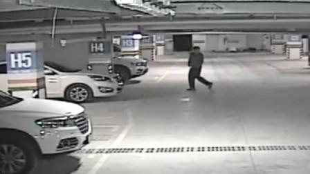 【重庆】男子车库内拉车门盗窃 没想到撞上了巡逻民警