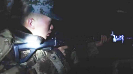 现场实拍!解放军汽车兵遭遇20匹野狼:荷枪实弹整整一夜