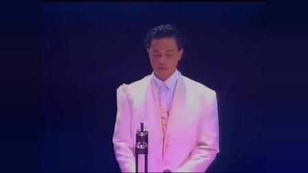 经典老歌,《风再起时》张国荣1989年现场,告别演唱会