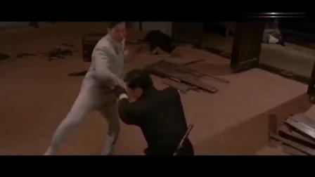 叶问外传叶问被日本人包围,一人一棍杀出重围,打得太精彩了