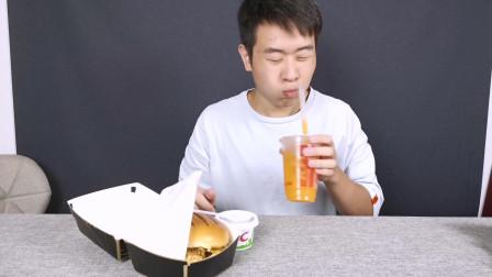 试吃肯德基新品脏脏芝士大虾鸡腿堡