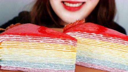 吃美食的声音,吃播果冻两盒梦龙冰淇淋和巧克力勺子,发出的咀嚼声!
