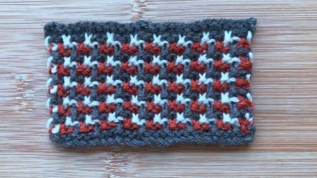 精致立体的三色花样,针法简单,色彩大方,织围脖真好看粗毛线手工编织