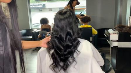 黑人女性,把头发接长做款大波浪,很女神有没有