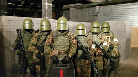 俄式反恐?特种部队来中国展示独特反恐技能:恐怖分子肯定活不了