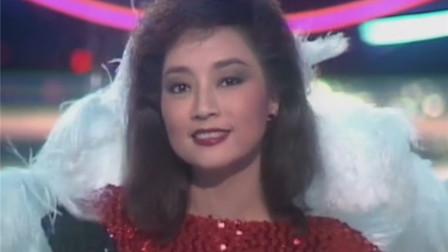 歌坛传奇徐小凤,和邓丽君不相上下,梅艳芳就是翻唱她的歌走红的