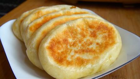 油酥糖饼新做法,这样做糖饼外酥里软,个个起层,凉了也不硬