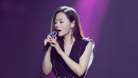 华语现场,张靓颖深情演唱《我的梦》,女王的气息和气场一样稳