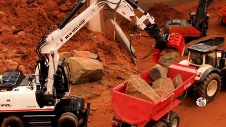 工程车施工,红色拖车和白色装载机运输石头,儿童玩具亲子互动