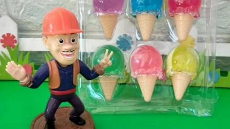 这么冷的天乔治还想吃冰激凌,妈妈就是不给他买,看乔治有什么办法