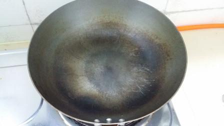 生铁锅炒菜和熟铁锅炒菜,到底有什么不同呢?今天算长见识了
