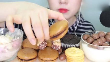 吃播大胃王:现在都流行各种甜点一起吃吗?巧克力马卡龙看起来也太好吃了吧