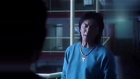 九龙冰室:小伙子进了帮会,被老爸拒之门外,连见最后一面的机会都没有