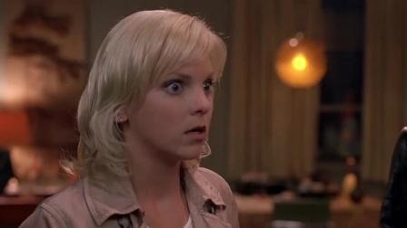 惊声尖笑:电视女鬼竟打自己,黑妈脾气说来就来,暴打女鬼!