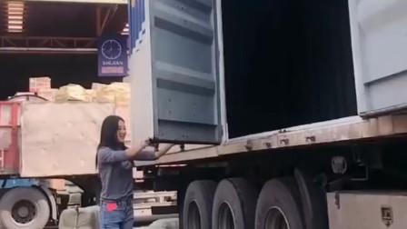 我的女友是货车女司机,虽然颜值和身材都不错,但老是分隔两地