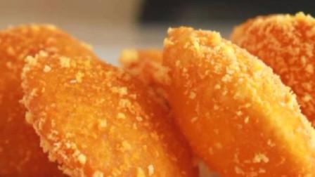 南瓜简单又解馋的做法,加1碗糯米粉简单一做,个个空心鼓大泡