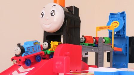 萌宝卡通玩具:托马斯和朋友的新玩具 托马斯培西高登亨利詹姆士
