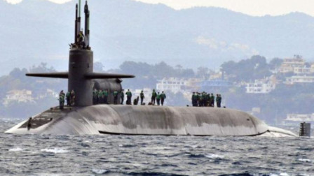 """优秀!美国""""最大""""排水量18750吨核潜艇,竟搭载24枚洲际导弹"""