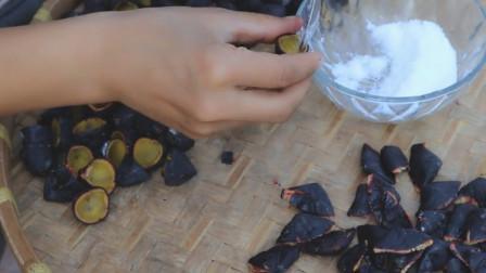 教你一个腌黑橄榄的方法,腌制好的黑橄榄炒着吃非常好吃