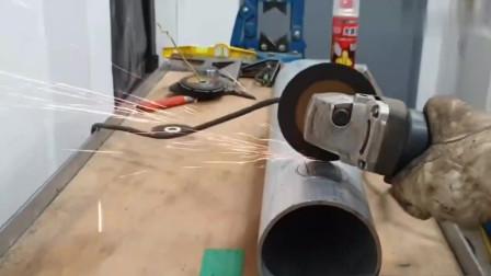 看高级焊工怎样把两根钢管焊在一起的,技术太牛了,值得学习