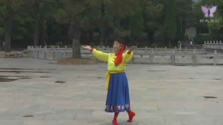 麻城市太极文艺队蒙古舞《草原在哪里》