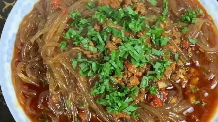 食在农村小厨:四川这么做的烂肉粉条,好吃下饭做法简单