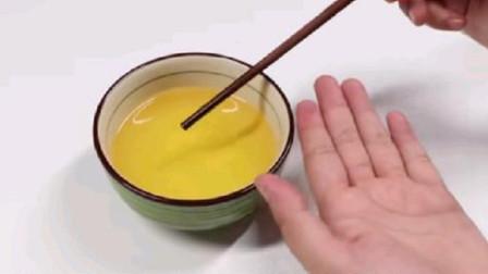 食用油里插根筷子,真神奇!每个家庭都需要的窍门,太实用了