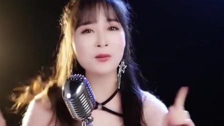 广东妹子翻唱《大田后生仔》歌声甜美,听得我痴迷了,绝对实力派