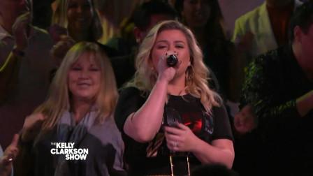 【猴姆独家】太棒了!#Kelly Clarkson#超强献唱神曲Happy