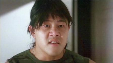 《专钓大鳄》明明刚进厕所的还是个菜鸡,怎么出来的是彪形大汉?