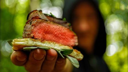 国外人做户外烧烤,烤牛排香辣爽口超过瘾,看着让人直流口水