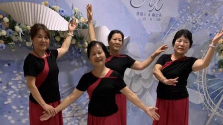 zhanghongaaa上传骆云章的夫人表演优美舞蹈妹妹等你三千年原创