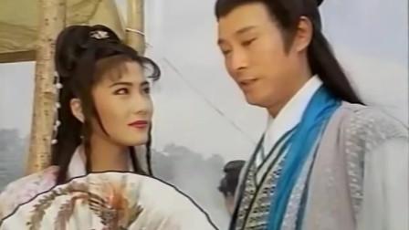 女打星杨丽菁与郑少秋这对侠侣荧幕CP,初次相遇便大打出手