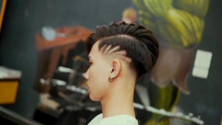 20多岁小伙想要与众不同,这款发型时尚帅气回头率高,很满意