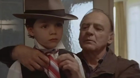 爸爸失业后,天才少年学习炒股,很快就赚钱买下了公司送给老爸