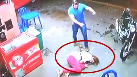 女子乞讨时被打,监控拍下令人愤怒的一幕,这得多大仇?