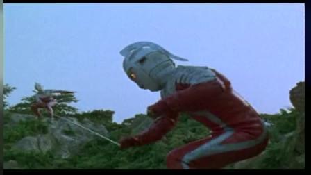 赛文出现,外星人看到团没很慌,但是赛文和假赛文实力相当难分高低