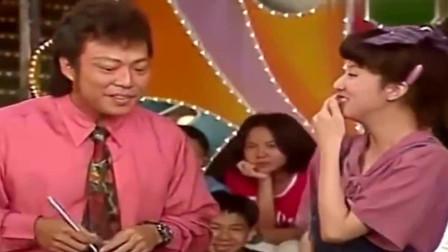 张菲用一句话吐槽金元萱,刚说出口就把金元萱说的直捂脸,太可爱