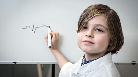 """世界上最年轻的大学生,9岁智商145,外号叫""""天才神童""""!"""