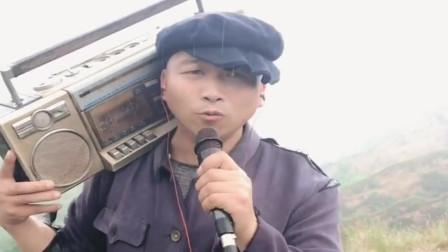 民间歌手唱《妈妈我想你》,嗓音不输原唱,听哭了!