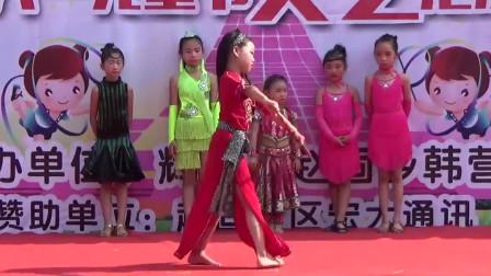 六一儿童节 小学女生 拉丁舞 肚皮舞串烧