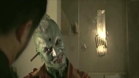 这是什么怪物,能把吴京打吐血,最后还同归于尽