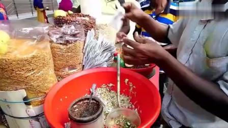 印度路边的特色小吃,一份食物用十几种调料拌,看完一点没胃口了