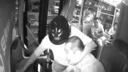 海口公交司机遭暴力勒脖:涉事男子一审被判4年