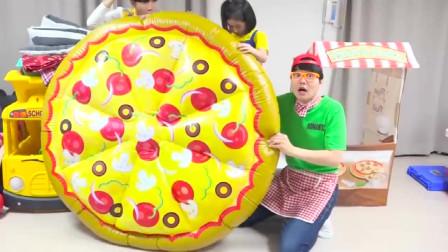 小萝莉在哥哥的帮助下 制作超级冰淇淋和巨无霸披萨