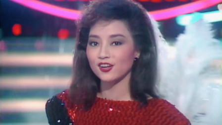 唯一能与邓丽君PK的女歌手,创造的惊人记录,到现在都无人能破!