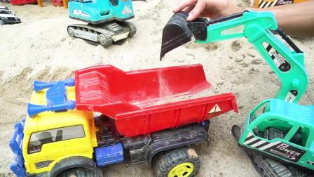 挖掘机和土方车装载沙子 工程车模拟运输