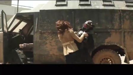 唯一一个没变异,没装备的超级英雄,黑寡妇照样很强
